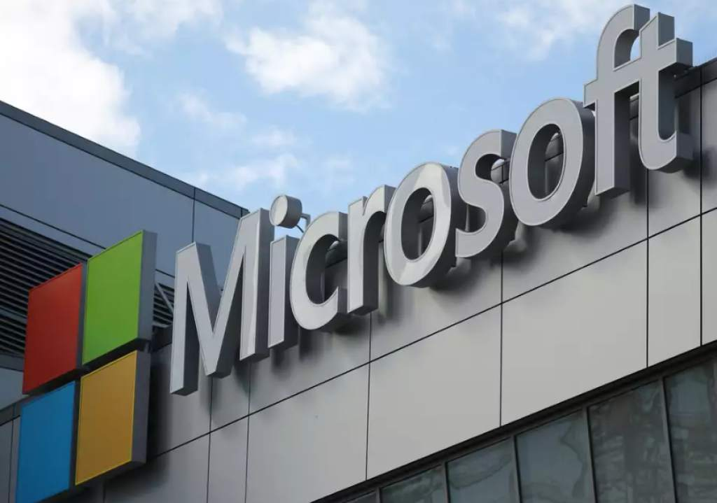 Microsoft compra la mayor red de software libre
