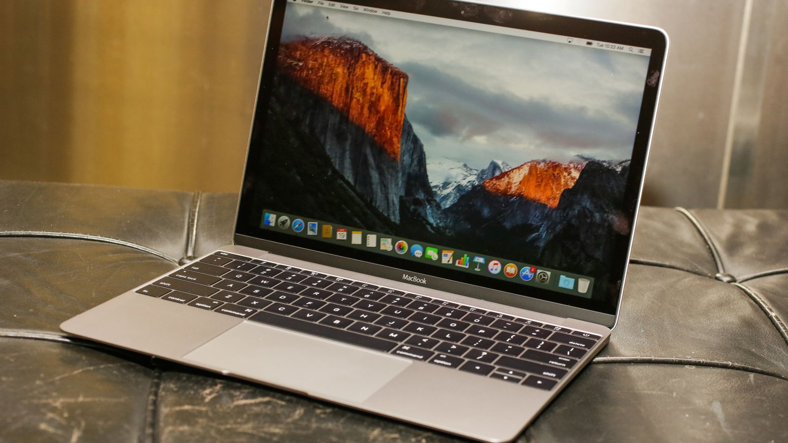 Bloomberg confirma MacBook Air con pantalla Retina y nueva Mac mini
